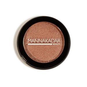 3-in-1 blush, highlighter, eye shadow